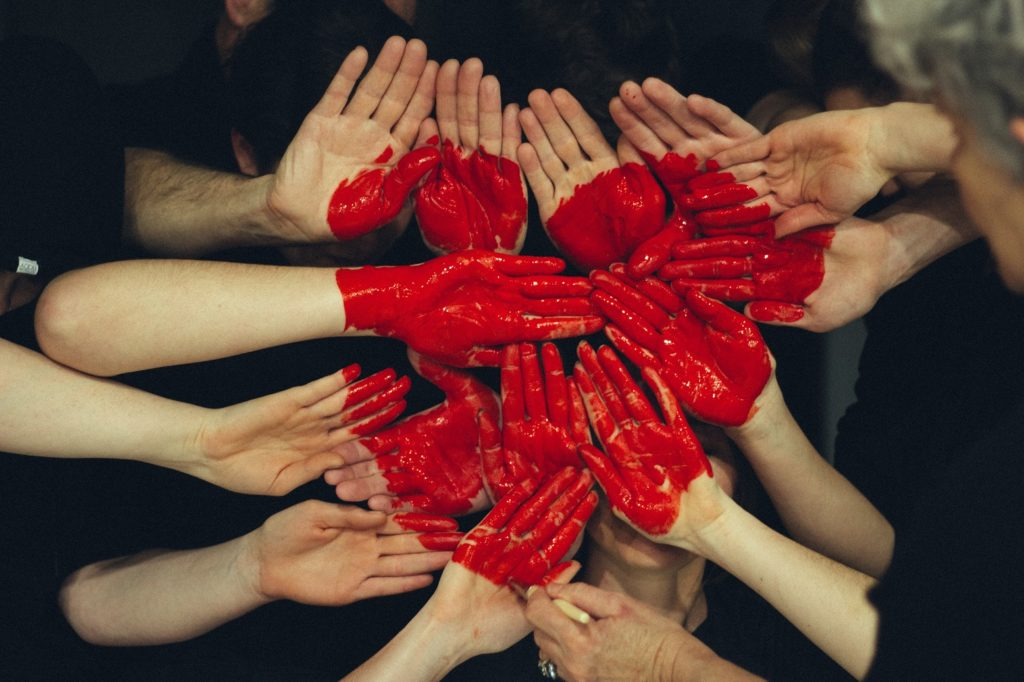 A Heart of Many Hands
